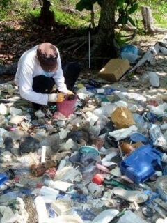 Marine debris, Cape Tribulation