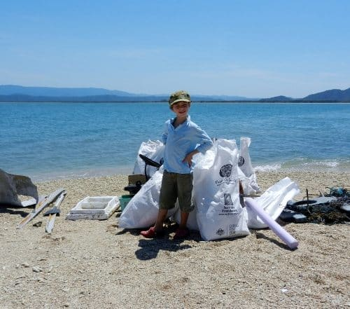 Tangaroa Blue Beach Cleaning Volunteer Great Barrier Reef