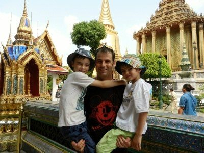 Travel with Kids Bangkok. World Travel Family.