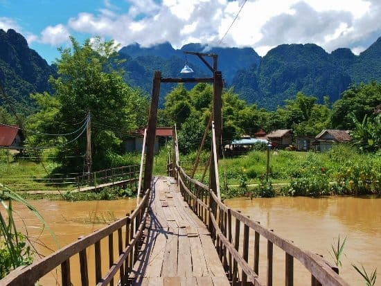 Take kids to Vang Vieng