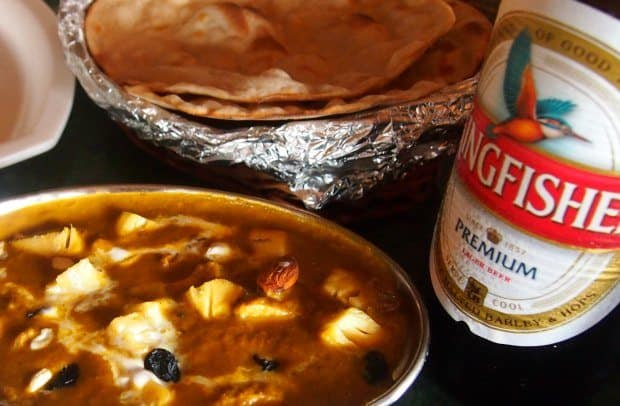 A curry and a cold Kingfisher beer. Pefect!