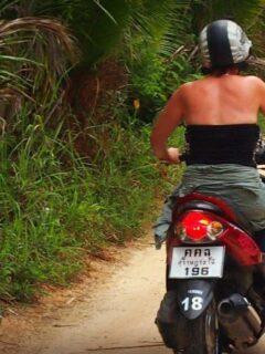 Hiring a bike on Ko Phangan danger insurance