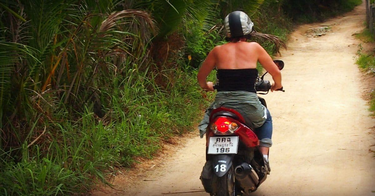 Hiring a bike on Ko Phangan danger insurance