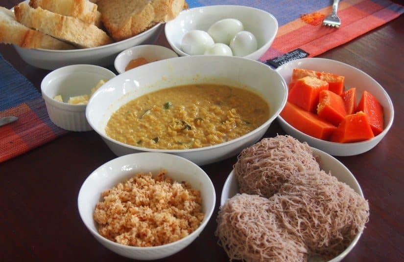 Sri Lanka Travel Blog and Guide Tuk Tuks Getting Around