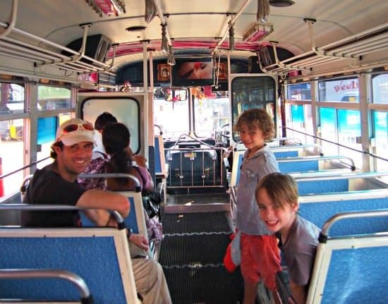 Sri Lanka Travel Blog and Guide getting around Sri Lanka by bus