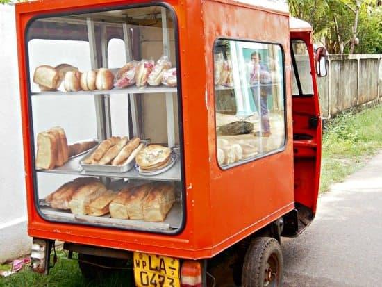 Food in Sri Lanka, short eats van.