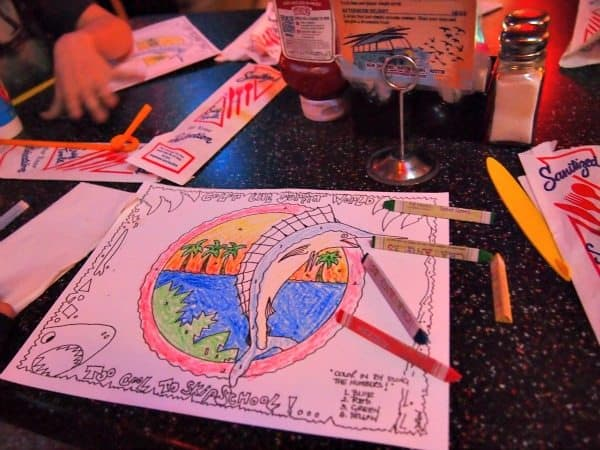 Colouring Eating in New Orleans With Kids