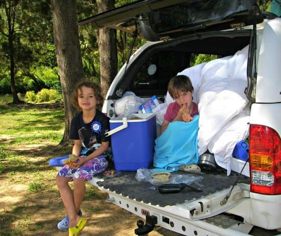 Road trip with kids tail gate picnic