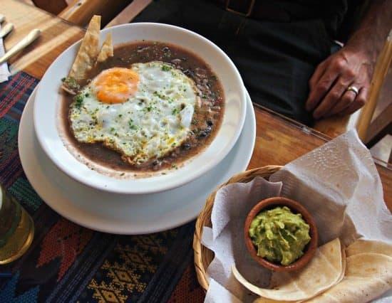 Food in antigua guatemala for Antiguan cuisine