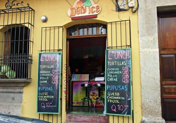 Food in Antigua Guatemals, Pupusa and Tortilla stall