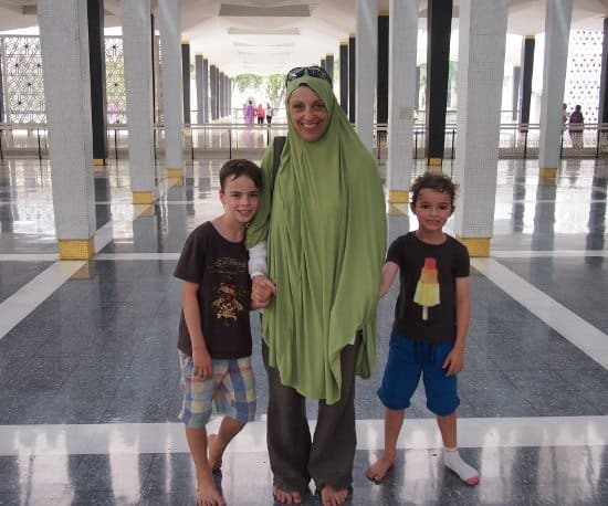 Kuala Lumpur Central Mosque family visit