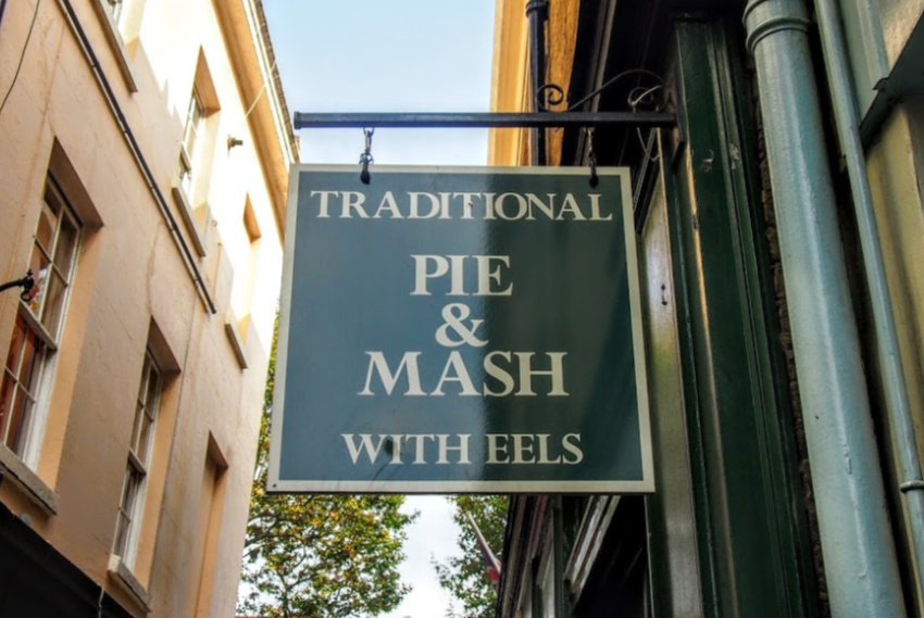 Traditional London Food Pie Mash Liquor Hot Eels to buy in London