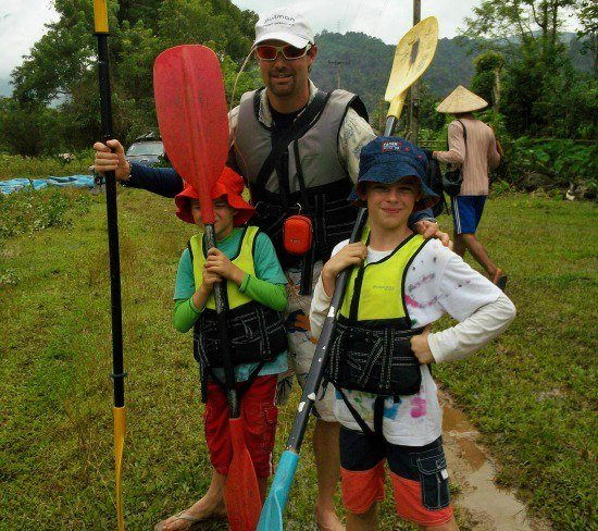 kayaking Vang Vieng Laos with kids