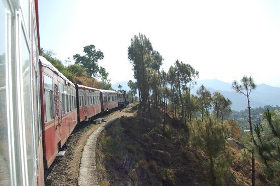 5 Unmissable places in North India. Train to Simla