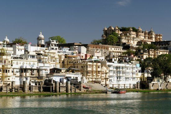 5 Unmissable Places in North India. Uaipur City Palace Udaipur Rajasthan India