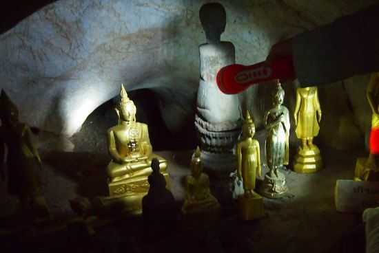 The Upper Cave is Dark. You willneed a Torch. Luang Prabang Pak Ou
