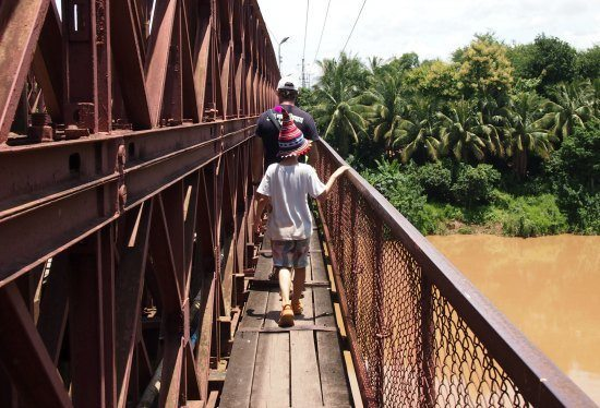 TravelLaos. The old bridge Luang Prabang