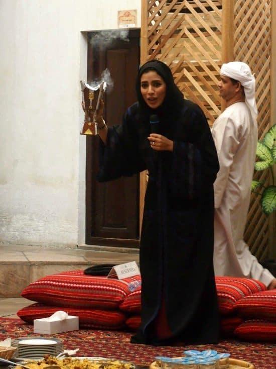 Old Dubai Cultural Tour. Emirati Lunch. Smoke.