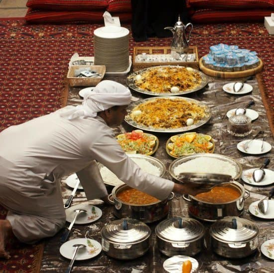 Traditional Emirati Lunch.Cultural Tour Old dubai