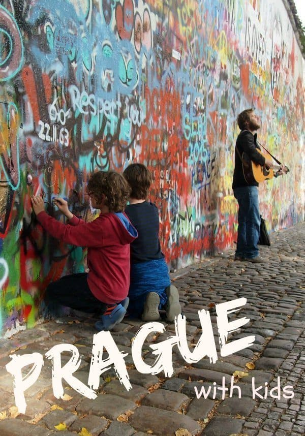 Prague with kids. Prague highlights and a child friendly tour.