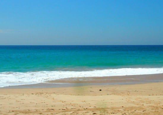 colours ambalangoda beach sri lanka
