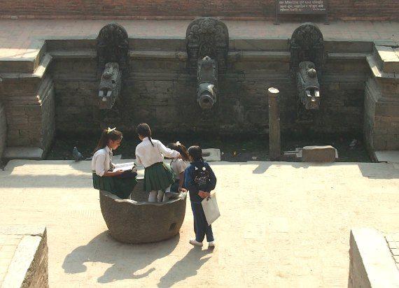 schoolgirls durbar square nepal