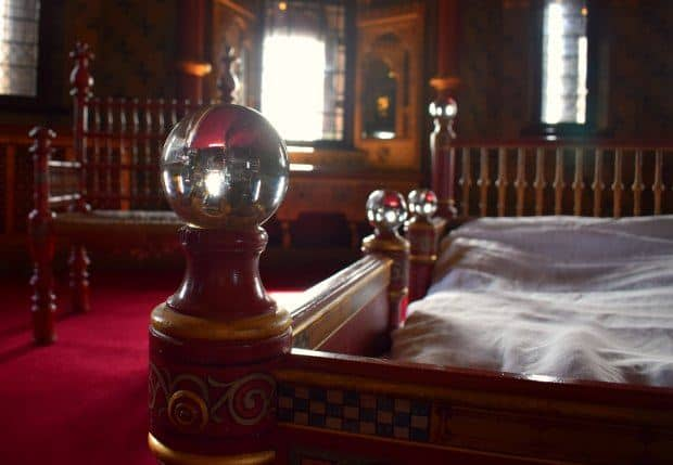 lady-butes-chamber-at-castell-coch