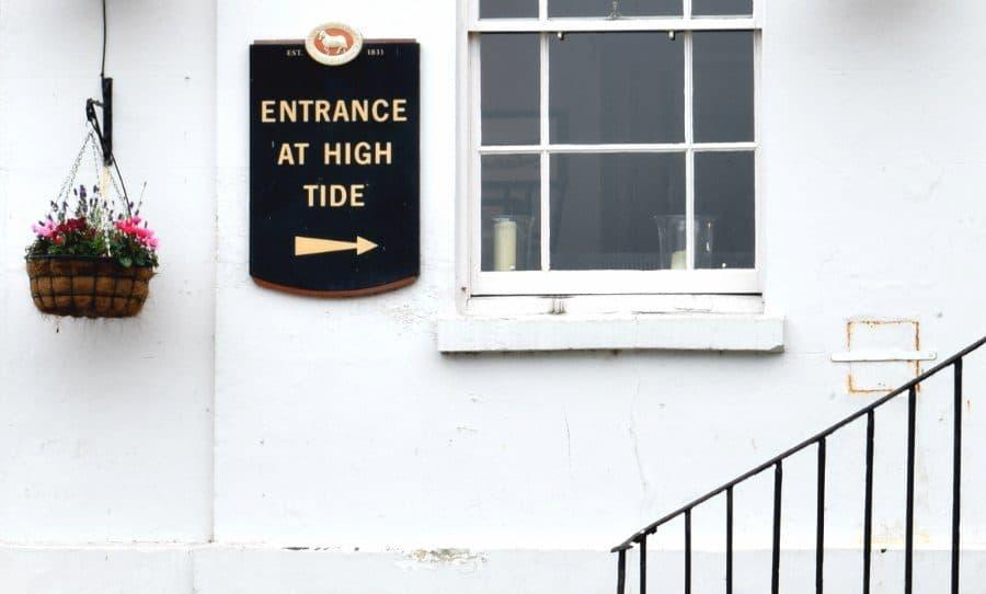 Richmond White Cross Pub High Tide