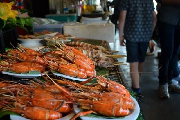 amphawa prawns thailand