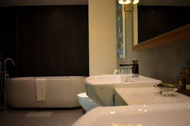 rooms at novotel phuket karon beach review bath shower room