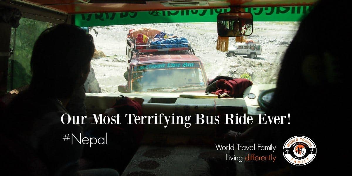 bus and jeep traffic jam between phaplu and kathmandu