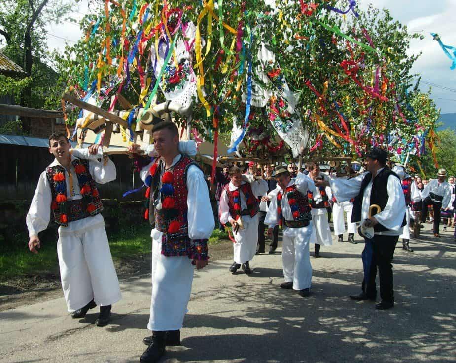 Festival Hoteni Breb Maramures April