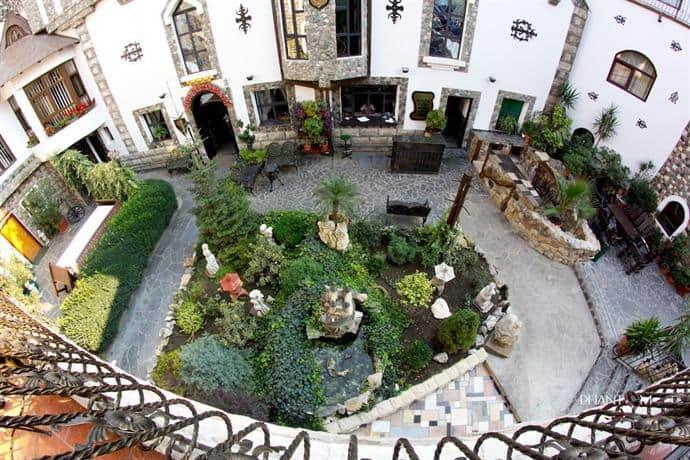 Hunter Prince Castle and Dracula Hotel Turda