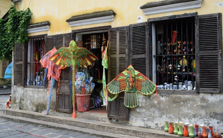 Vietnam Travel Blog Hoi An shops