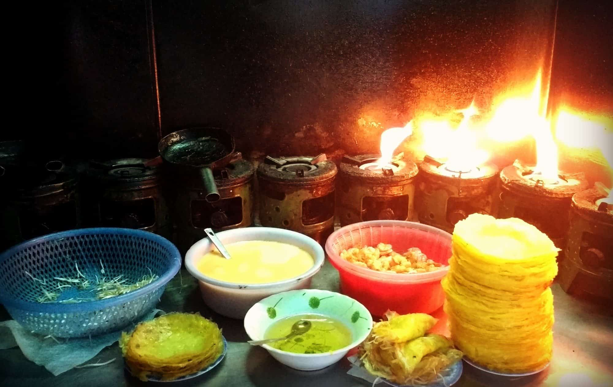 Banh Xeo, Eating and Cooking Vietnam's Crispy Pancakes