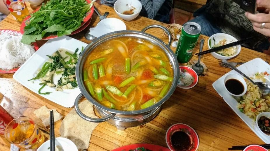 Best food in Hoi An Vietnamese hot pot