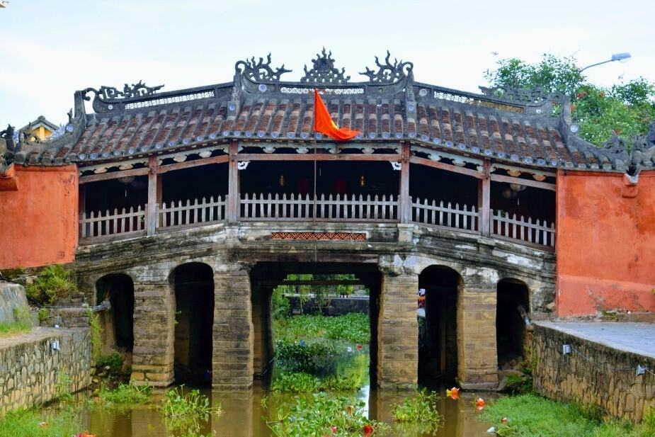 Hoi An Japanese Bridge before the floods