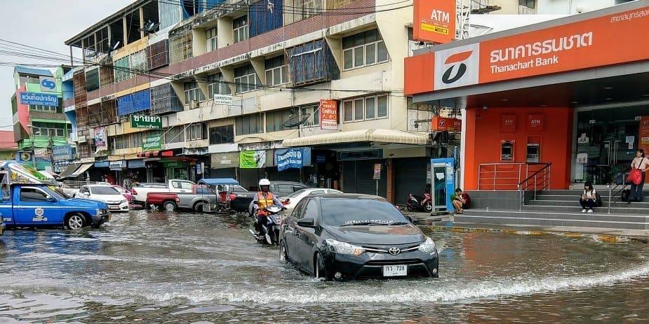Flooding Maeklong Railway Market