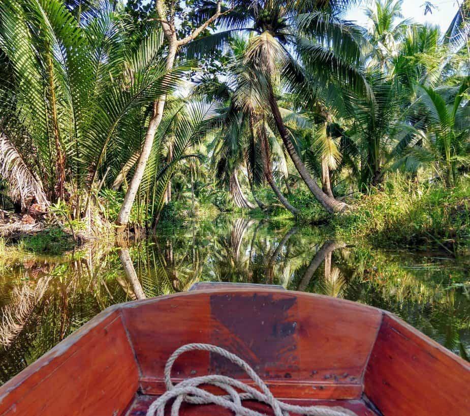 Tha Kha Floating Market boat trip