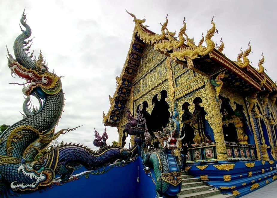 Thailand Travel Blog North Thailand Chiang Rai The Blue Temple