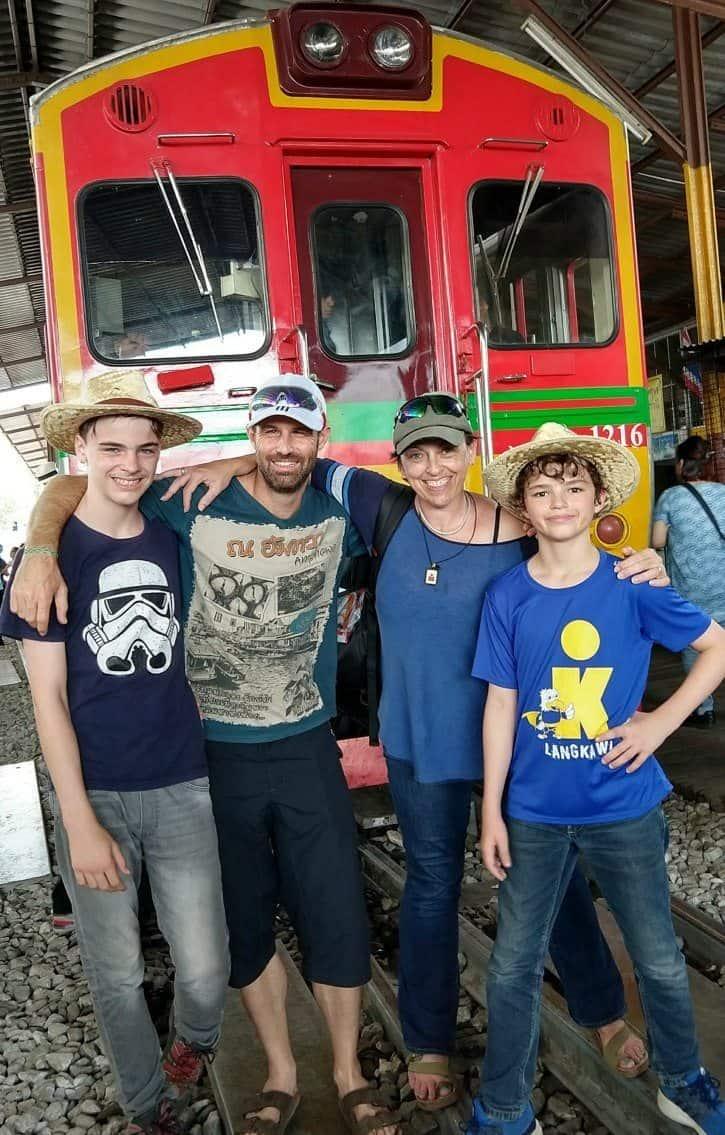 Visit Maeklong near Bangkok with guide