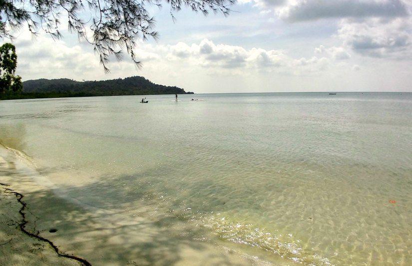 Telunas beach water sports