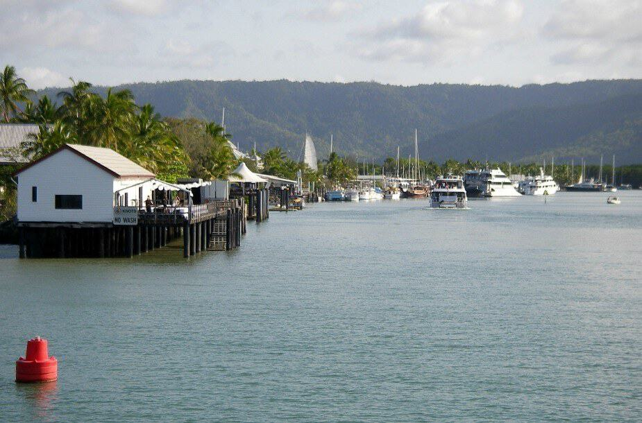 Port Douglas Great Barrier Reef Tours. Ships Returning to the Port Douglas Marina