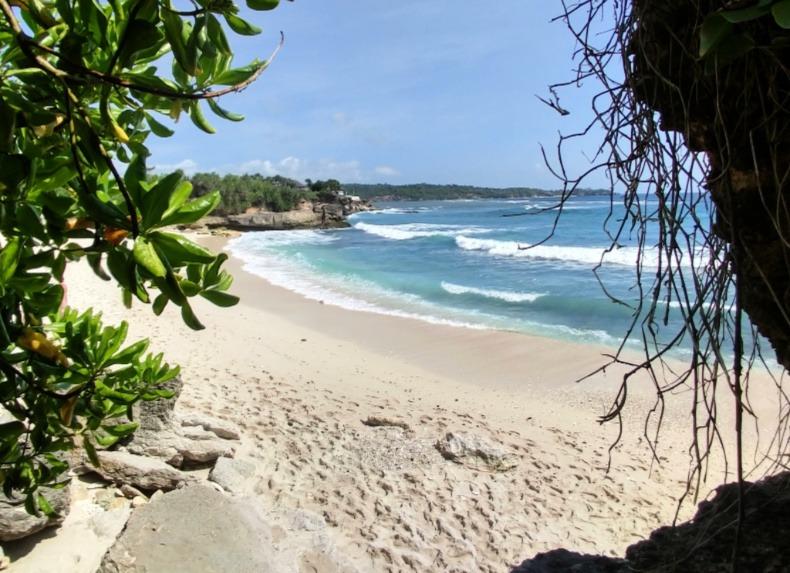 Nusa Lembongan Paradise Beach