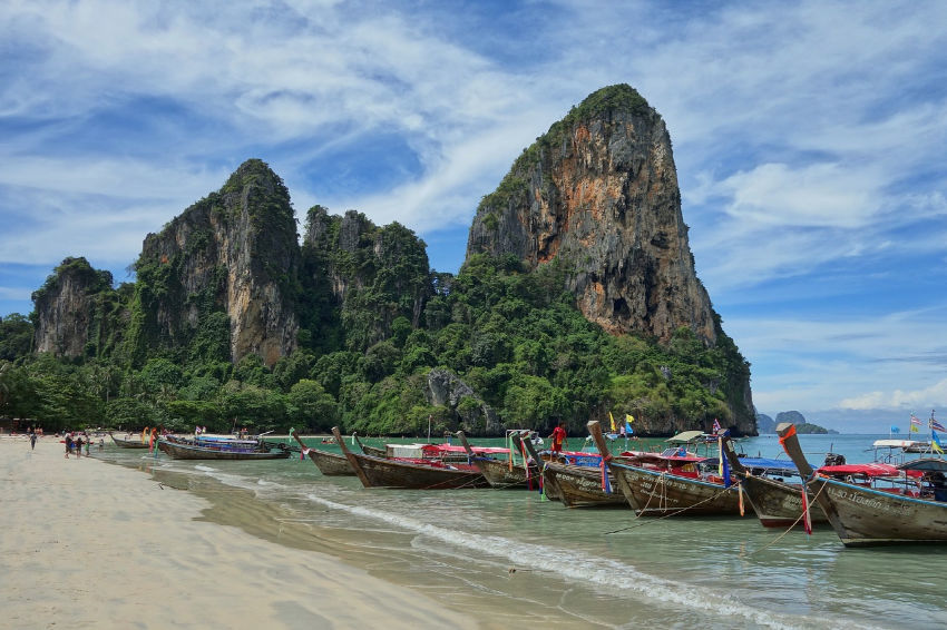 Things to do in Au Nang Krabi visit Railay beach