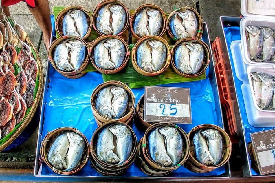 Pla Tuu Mae Klong signature dish amphawa floating marketWhat to eat at amphawa