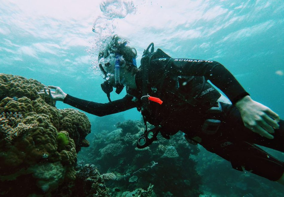 Travel with teenagers vacations activities scuba diving  Scuba diving teen