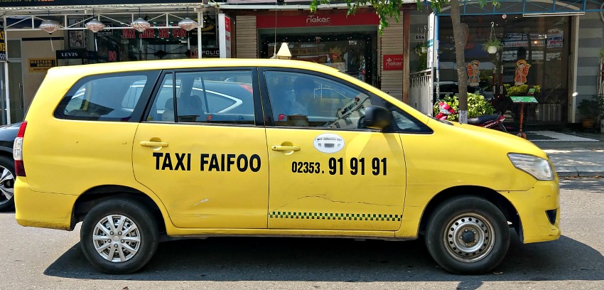 Getting from Danang to Hoi An in Faifoo taxi