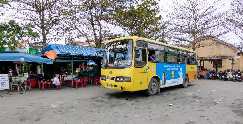 Danang to Hoi An by local bus