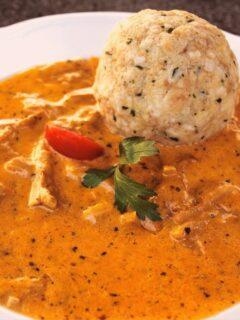 hungarian food dish goulash
